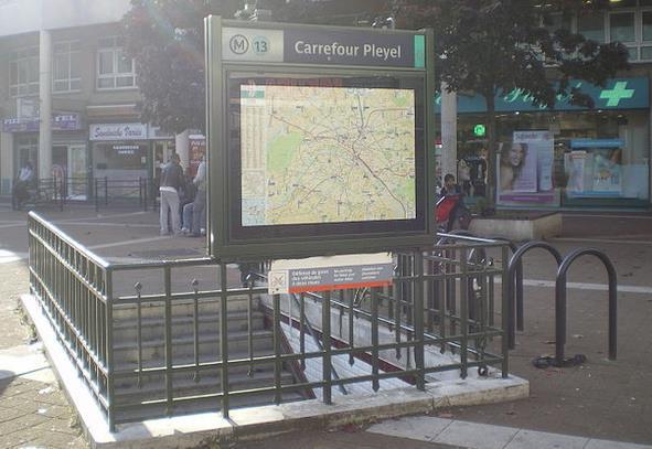 Métro Carrefour Pleyel