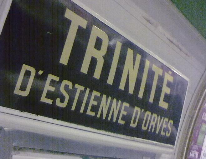 Métro Trinité - d'Estienne d'Orves
